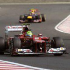 Felipe Massa perdió posiciones en la salida de Hungría