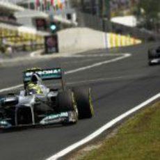 Nico Rosberg terminó décimo en Hungaroring