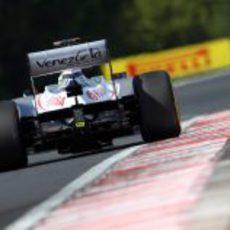 Plano trasero del FW34 de Pastor Maldonado en Hungría