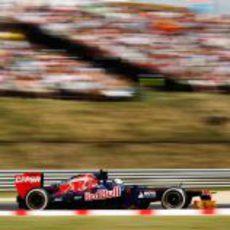 Jean-Eric Vergne corre en la clasificación del GP de Hungría 2012