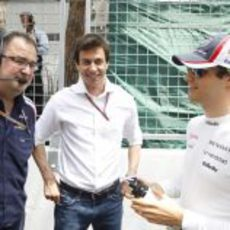 Tom McCullogh, Toto Wolff y Bruno Senna