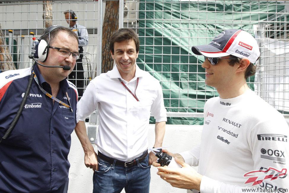 Tom McCullogh, Toto Wolff y Bruno Senna