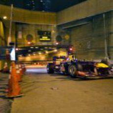 David Coulthard sale del Túnel Lincoln con el RB7