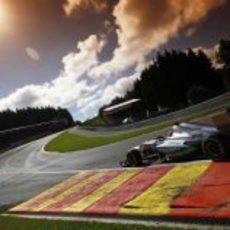 Espectacular foto de Michael Schumacher en Eau Rouge