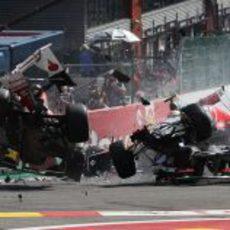 Accidente brutal en la primera curva del GP de Bélgica 2012