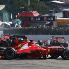El coche destrozado de Fernando Alonso en Spa 2012