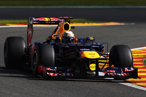 Red Bull Racing F1 Team, diario de a bordo - Página 6 16935_m