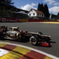 Romain Grosjean completa la vuelta de formación en Spa