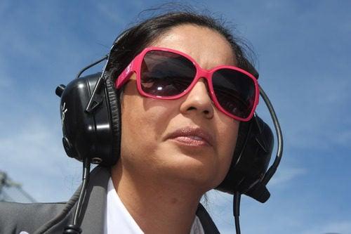 Monisha Kaltenborn con sus peculiares gafas de sol en Spa