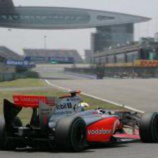 Hamilton entra en la recta de meta