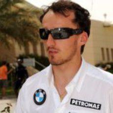 Kubica llega a Bahréin