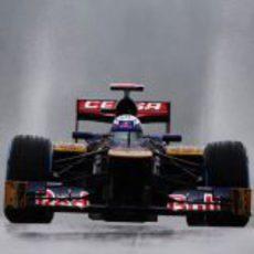 El Toro Rosso de Daniel Ricciardo frente a la cámara en Spa