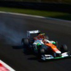 Nico Hülkenberg se pasa de frenada en los libres de Monza