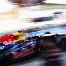 Sebastian Vettel sale de boxes en Monza 2012
