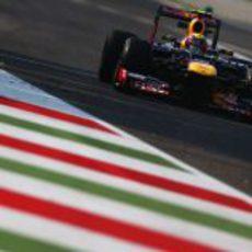 Mark Webber rueda en el Tempo de la Velocidad