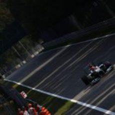 Michael Schumacher lideró los primeros libres del GP de Italia 2012