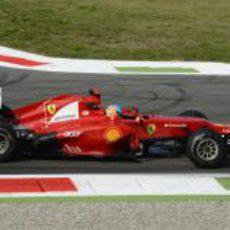 Fernando Alonso tuvo algunos problemas en los primeros entrenamientos de Monza