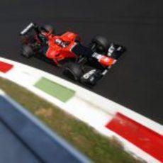 Timo Glock vuela en la última curva