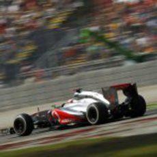 Jenson Button pilota su McLaren en la clasificación de Monza