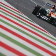 Paul di Resta busca un buen tiempo en Monza 2012