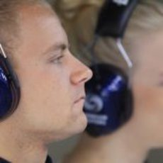 Emilia Pikkarainen, la novia de Valtteri Bottas, junto a su chico