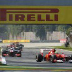 Felipe Massa rozó el podio en Monza