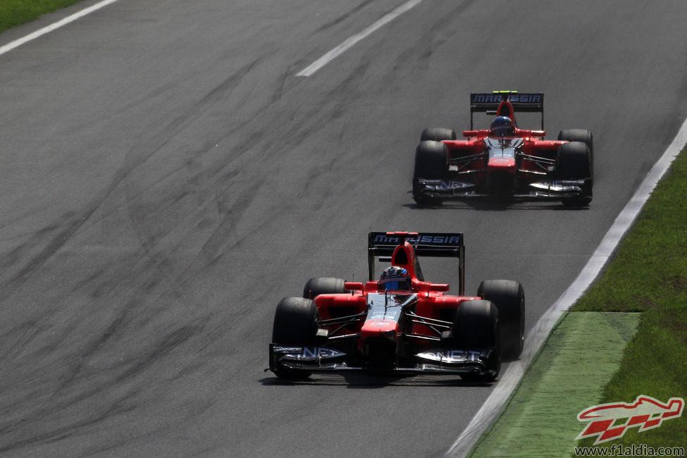 Los dos pilotos de Marussia completan el GP de Italia 2012