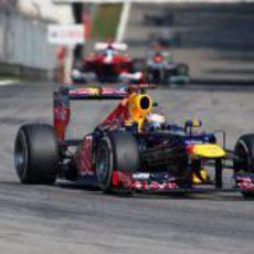 Sebastian Vettel lucha por conseguir buen ritmo en Italia