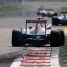 Daniel Ricciardo terminó cerca de los puntos en Italia