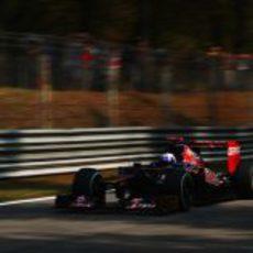 Daniel Ricciardo rueda en Monza durante la clasificación
