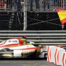 Pedro de la Rosa se salió en la segunda curva del circuito italiano