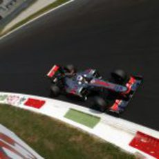 Jenson Button no logró terminar el GP de Italia