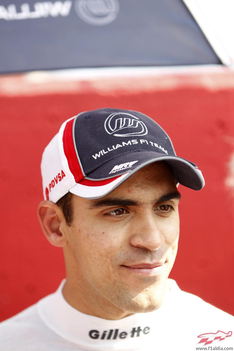 Pastor Maldonado, pensativo antes de comenzar el GP de Italia