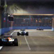 Paul di Resta persigue a sus competidores