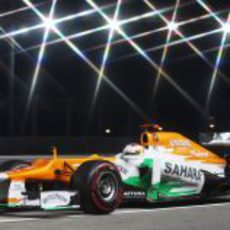 Las luces brillan para Paul di Resta