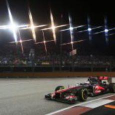 Jenson Button saldrá desde la segunda fila en Marina Bay