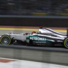 Michael Schumacher en acción durante la clasificación