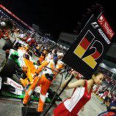 Nico Hülkenberg en la parrilla del GP de Singapur 2012