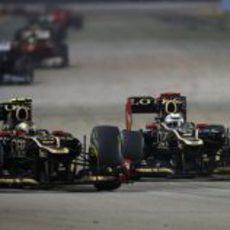 Los dos hombres de Lotus terminaron en los puntos en Singapur