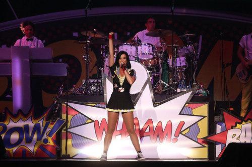 Concierto de Katy Perry en Singapur 2012