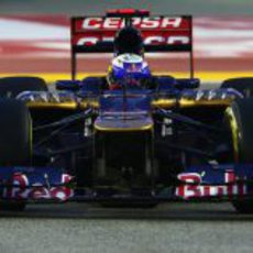 Daniel Ricciardo busca los límites en Singapur