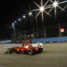 Fernando Alonso saldrá quinto en la parrilla del GP de Singapur