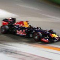 Sebastian Vettel logró la 'pole' en Singapur
