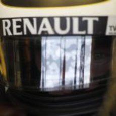 Kimi Räikkönen se prepara para salir a la pista