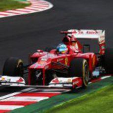 El Ferrari de Fernando Alonso en la clasificación del GP de Japón 2012