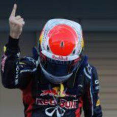 El dedo de Vettel reina en Japón 2012