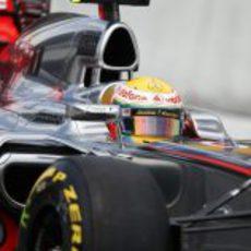 Mal día para Lewis Hamilton en Japón