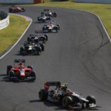 Romain Grosjean lidera un gran grupo de monoplazas en Suzuka