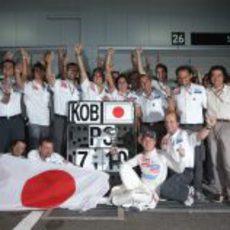 Sauber celebra el tercer puesto del japonés