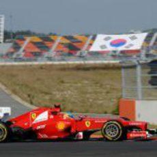 Fernando Alonso ocupó las primeras posiciones en los primeros entrenamientos